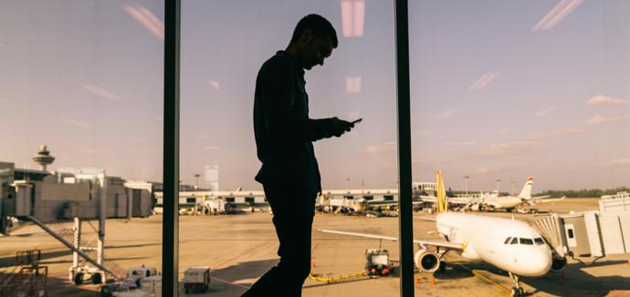 travel risk communication tips